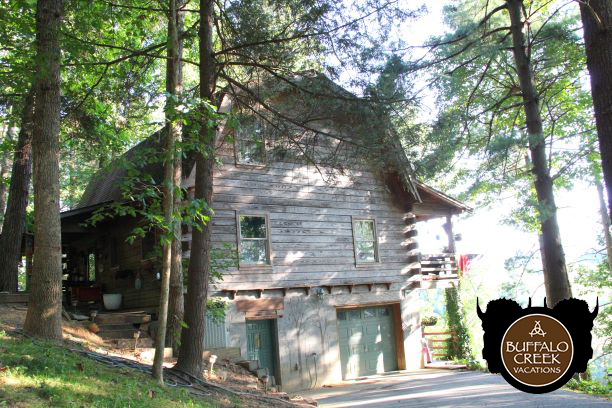 Red Dog Barn - Buffalo Creek Vacations